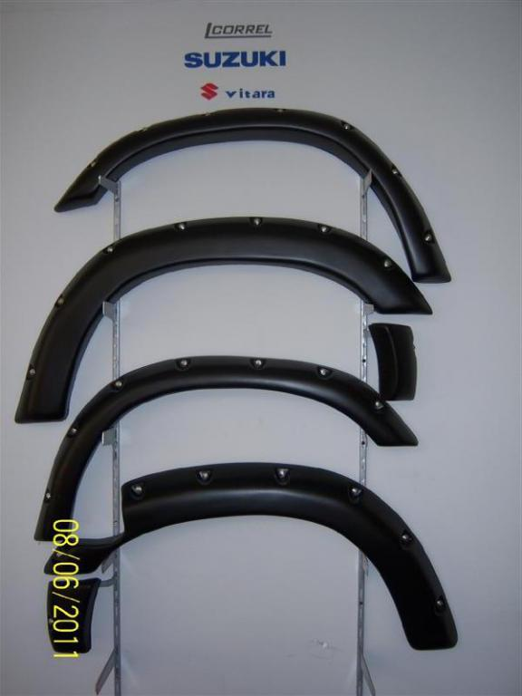 vitara arches (fender flares)-100_0813-medium-.jpg