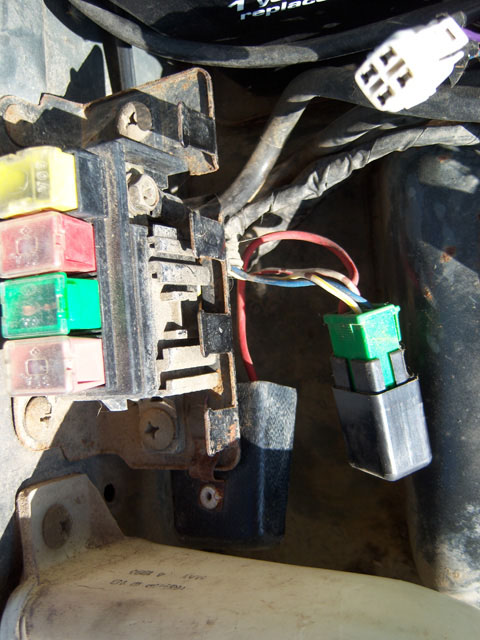 D Tcc Relay Location on 1996 Geo Tracker Fuel Pump Relay Location