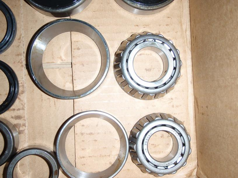 Calmini Heavy Duty Rear Axles, Lock-Rite-bearings.jpg