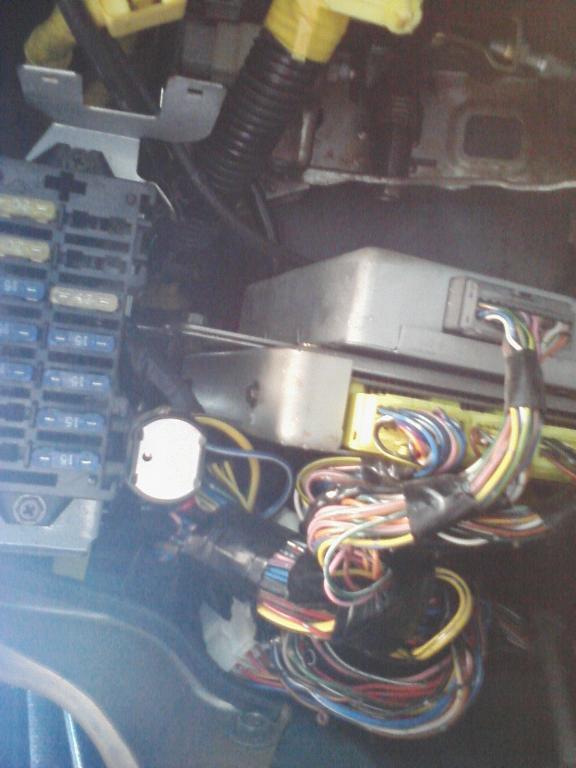 suzuki vitara 1994 fuel pump relays 1996 suzuki sidekick fuel pump relay location wiring fuse box for suzuki vitara