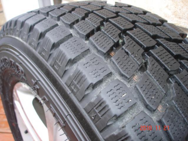 Set of 4 Yokohama Geolandar I/T G072 Winter Tires On Grand Vitara OEM Alloy Rims-dsc06829.jpg