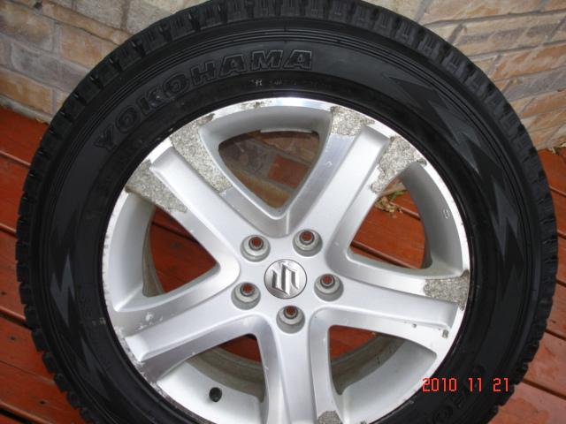 Set of 4 Yokohama Geolandar I/T G072 Winter Tires On Grand Vitara OEM Alloy Rims-dsc06837.jpg