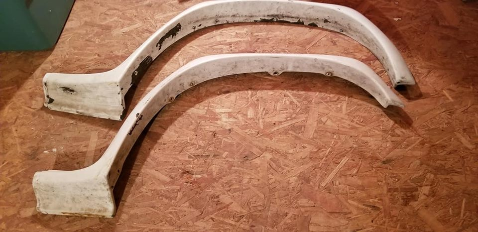 USED OEM Fender Flares for the Geo Tracker, Chevy Tracker, Suzuki Side kcik-front-flares.jpg