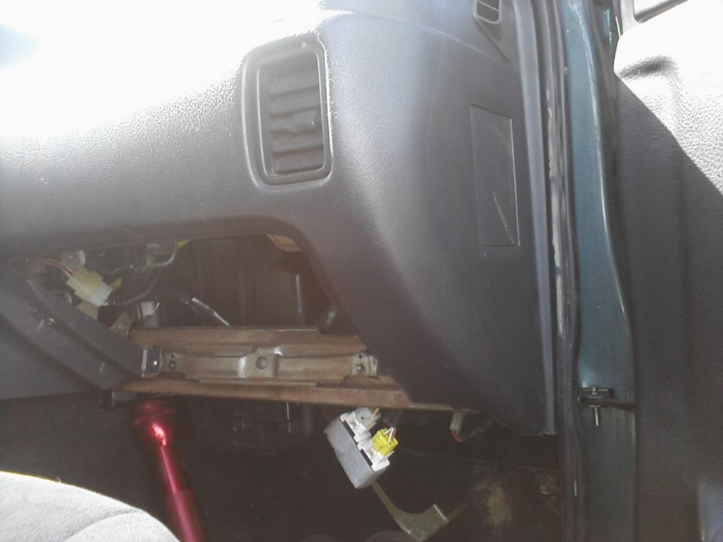 [SCHEMATICS_48EU]  fuel pump relay missing? | Suzuki Forums | 94 Geo Tracker Fuel Filter |  | Suzuki Forums