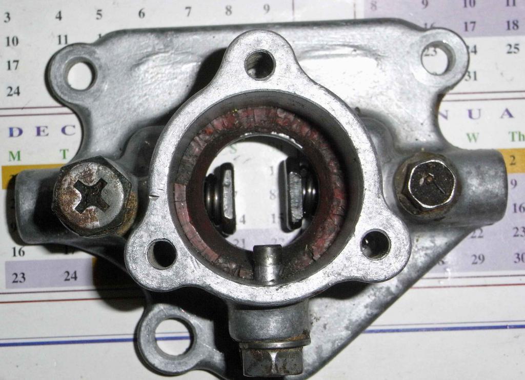 Gear Shift Jammed-gearbox-turret.jpg