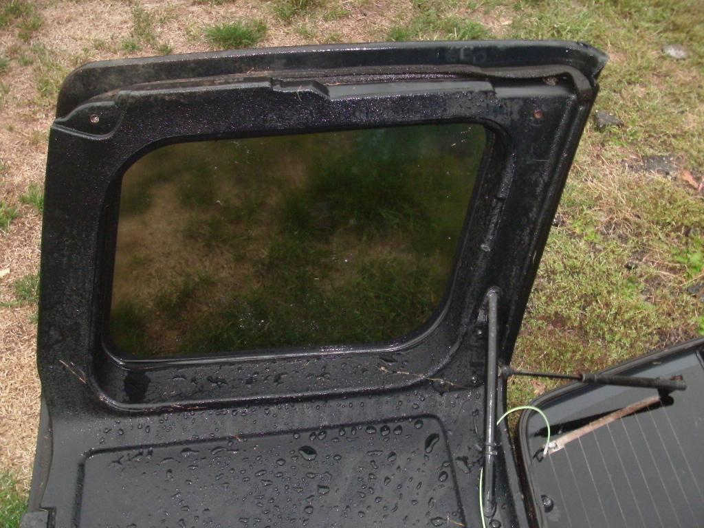 Wanted GEO Tracker Hardtop Information, and mounting brackets-gedc1248.jpg