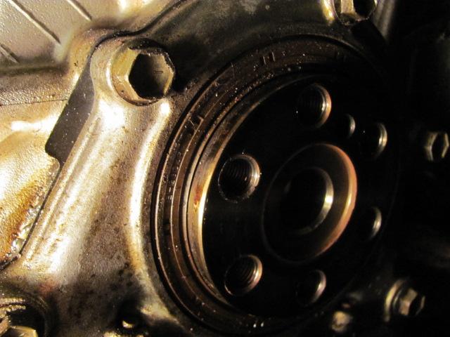 easiest way to do a rear main seal - Suzuki Forums: Suzuki
