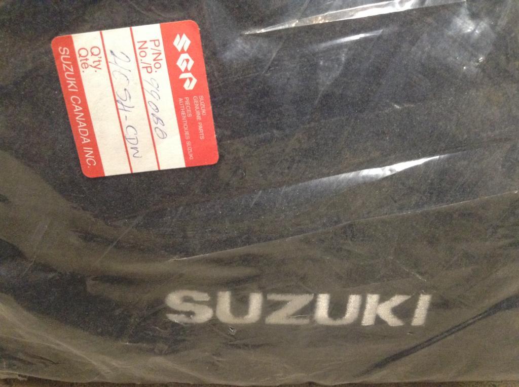 Suzuki Grand Vitara 2006 2.7L right side exhaust manifold + parts 0-img_2348.jpg