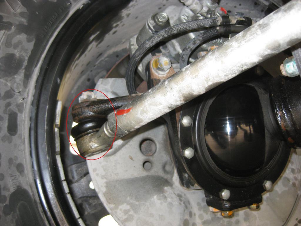 clacking sound when steering!-tie-rod-right-wheel.jpg