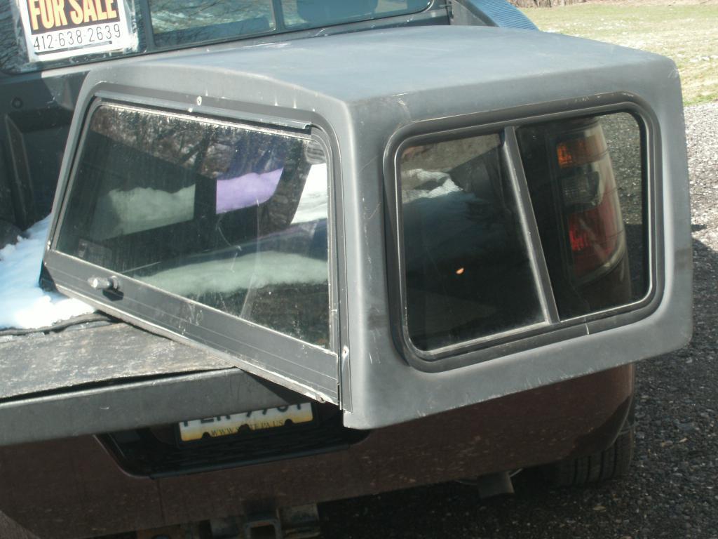 Removable Fiberglass Hardtop, Geo Tracker, Suzuki Sidekick-tracker-roof.jpg